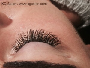 Close up classic lashes