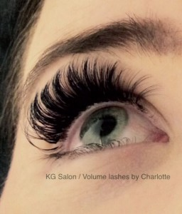 Volume lashes by charlotte